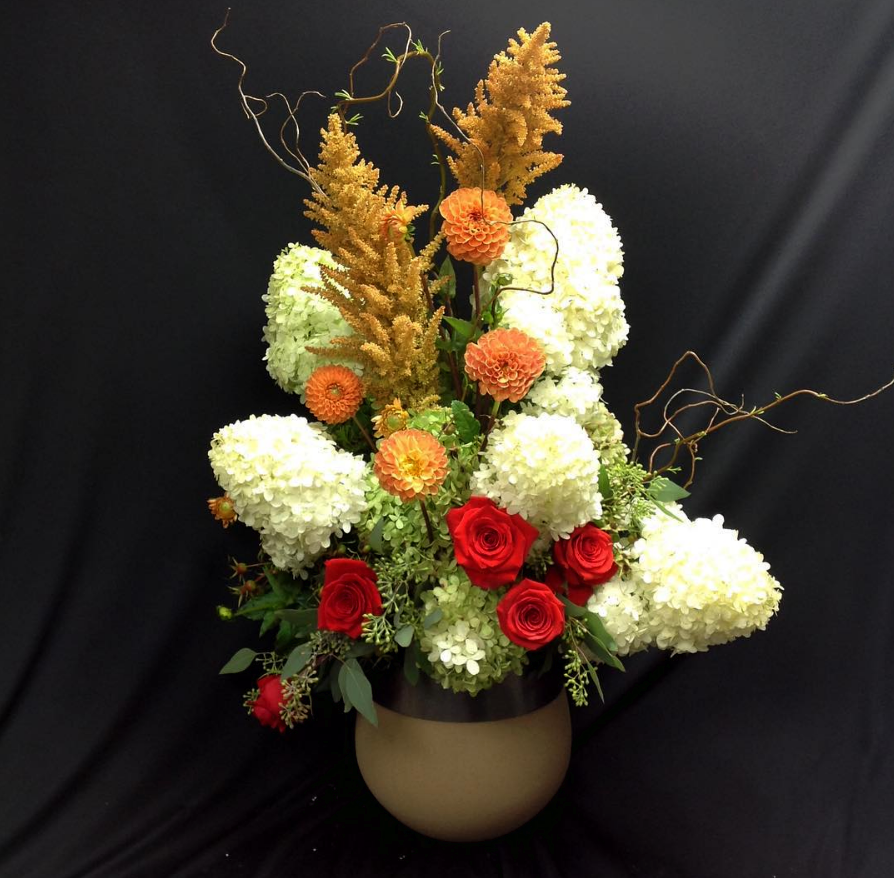 """... birthday flowers or surprise them with a cheerful """"Happy Birthday"""" bouquet! They offer birthday flower delivery to Bowling Green, KY or nationwide."""