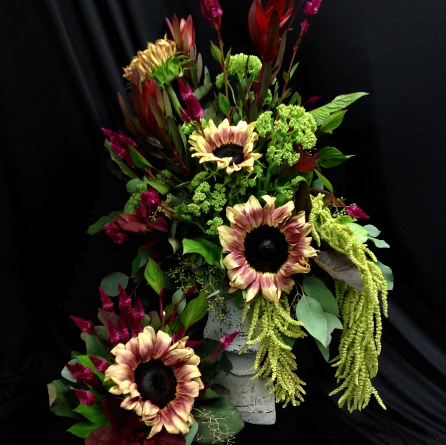 October birthdays are best celebrated with flowers from deemers order here izmirmasajfo
